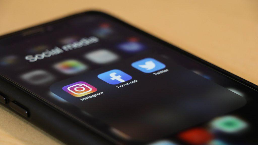 social media header